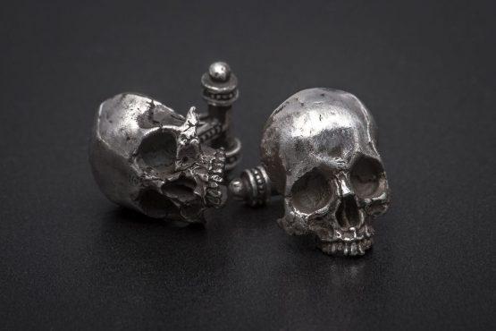 Запонки с большим черепом, без челюсти