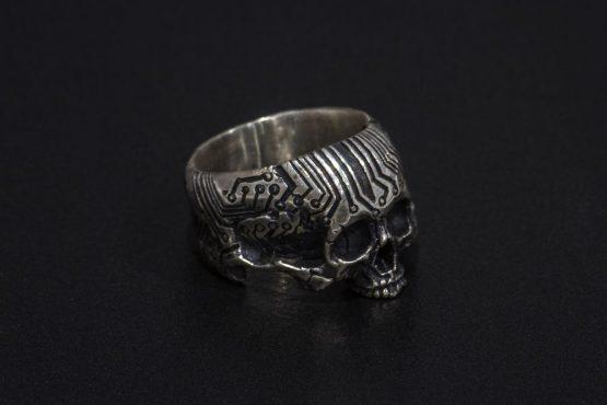 Кольцо череп микросхема без нижней челюсти
