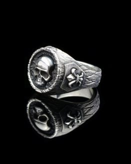 Перстень Череп с лилией серебро